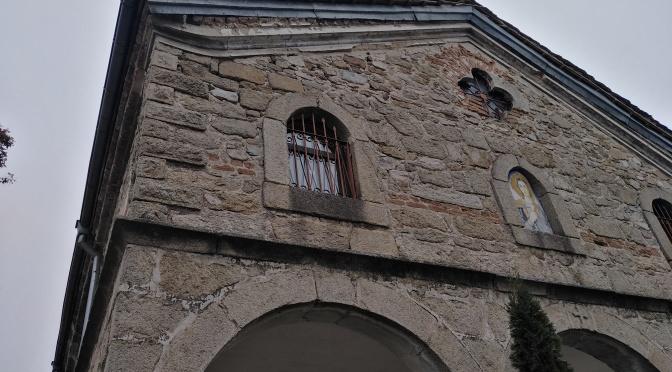 Църквата в Столетово с нови прозорци преди празниците